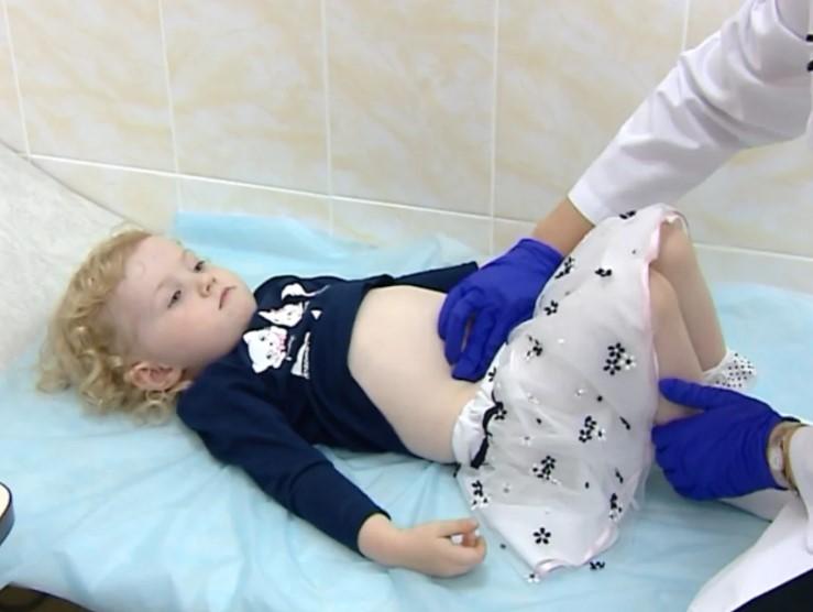 Нужен ли гинеколог маленьким девочкам