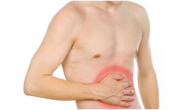 Боль в животе из-за аневризмы