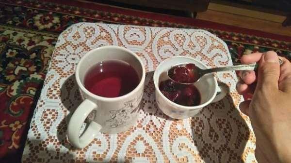 варенье с чаем